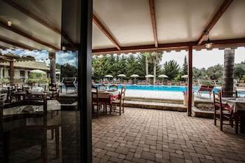 호텔 마세리아 레 파야레(Hotel Masseria Resort Le Pajare) Hotel Image 8 - Pool