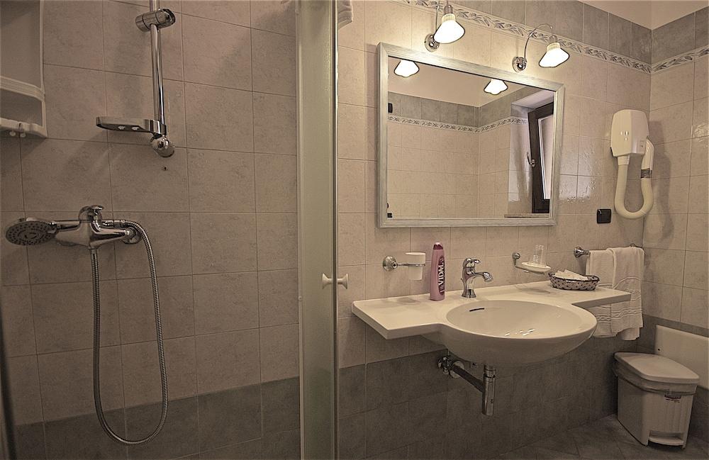 호텔 마세리아 레 파야레(Hotel Masseria Resort Le Pajare) Hotel Image 51 - Guestroom