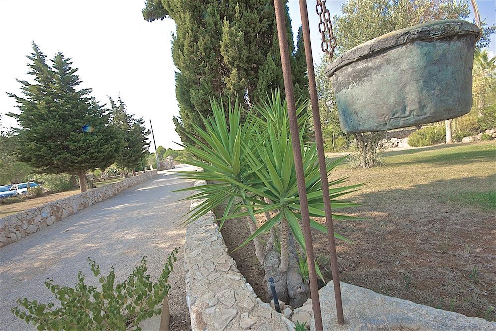 호텔 마세리아 레 파야레(Hotel Masseria Resort Le Pajare) Hotel Image 95 - Interior Entrance