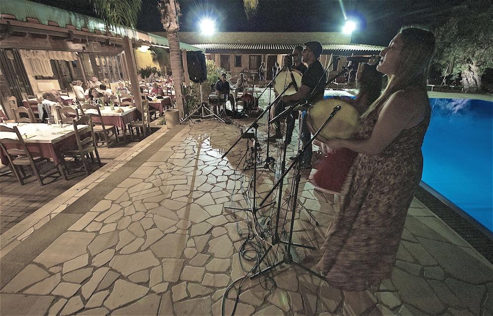 호텔 마세리아 레 파야레(Hotel Masseria Resort Le Pajare) Hotel Image 160 - Porch