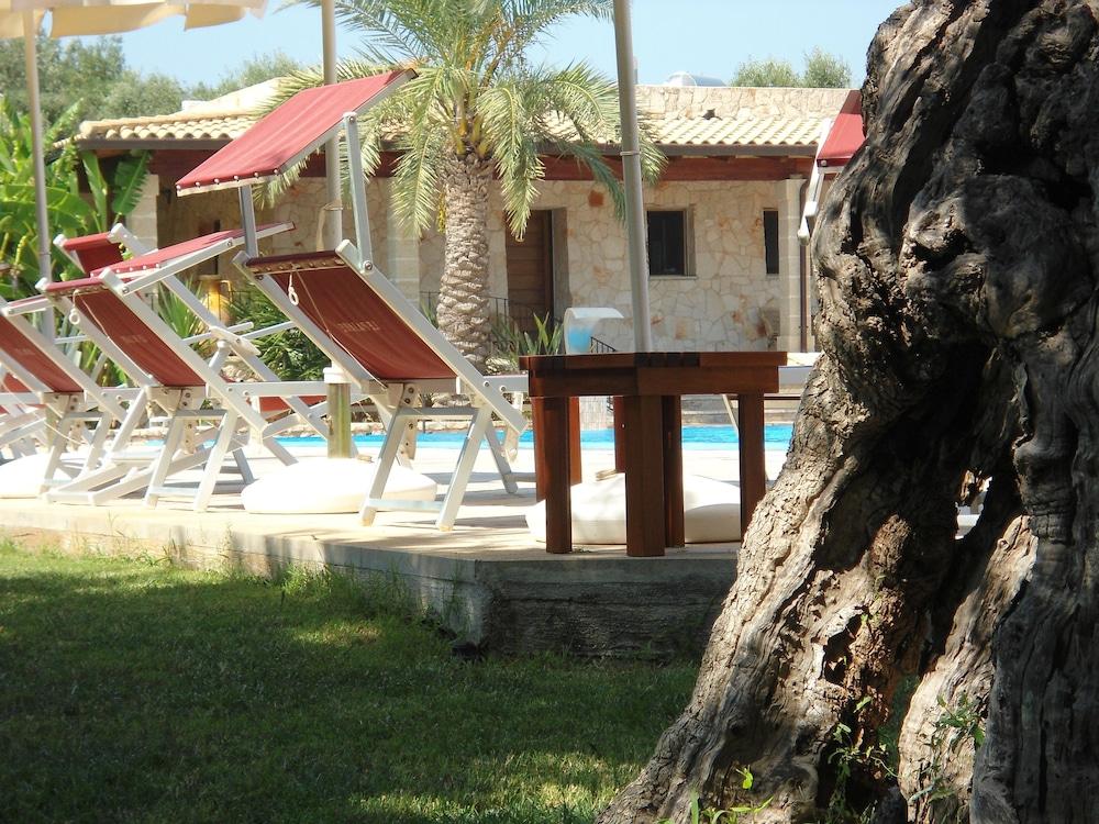 호텔 마세리아 레 파야레(Hotel Masseria Resort Le Pajare) Hotel Image 151 - Garden