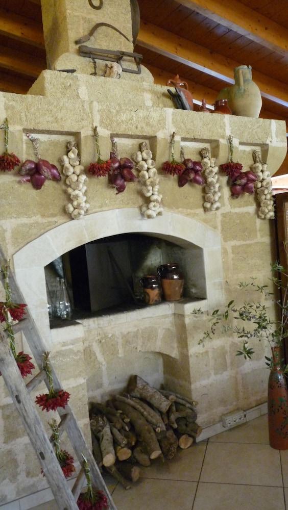 호텔 마세리아 레 파야레(Hotel Masseria Resort Le Pajare) Hotel Image 129 - Restaurant