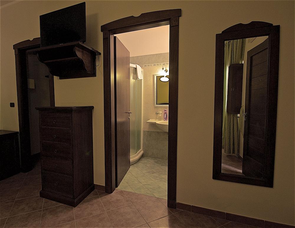 호텔 마세리아 레 파야레(Hotel Masseria Resort Le Pajare) Hotel Image 67 - Guestroom