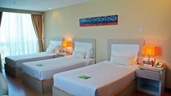 Jinhold Apartment Hotel Bintulu - Guestroom  - #0