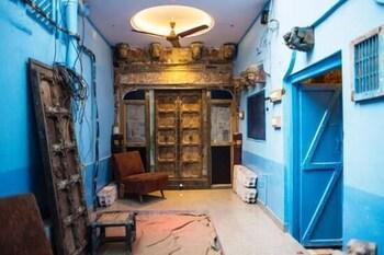 블루 하우스, 올디스트 게스트 하우스(The Blue House, Oldest Guest House) Hotel Image 46 - Interior Detail