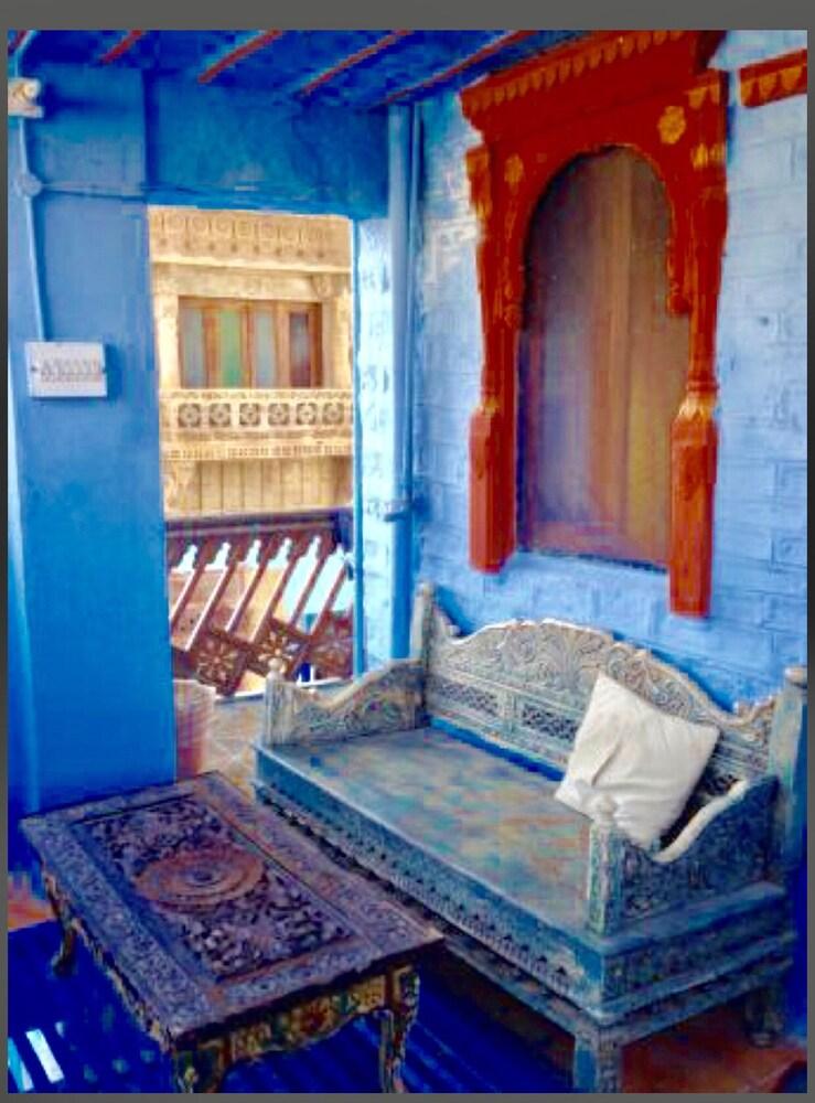 블루 하우스, 올디스트 게스트 하우스(The Blue House, Oldest Guest House) Hotel Image 41 - Hotel Interior