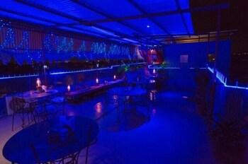 블루 하우스, 올디스트 게스트 하우스(The Blue House, Oldest Guest House) Hotel Image 32 - Dining
