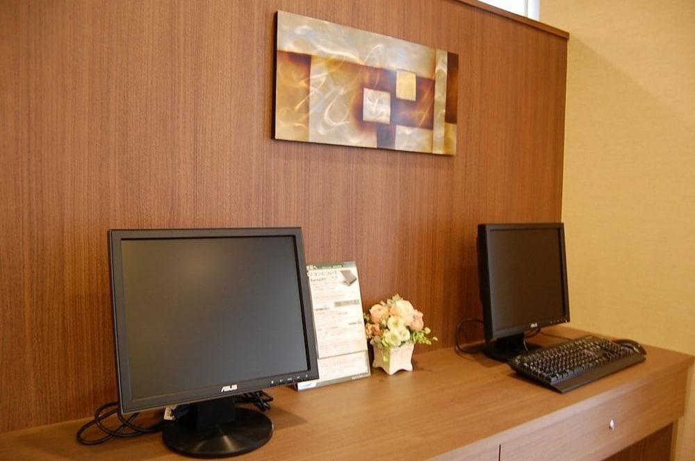 호텔 루트 인 기타미 오도리 니시(Hotel Route-Inn Kitami Odori Nishi) Hotel Image 33 - Business Center