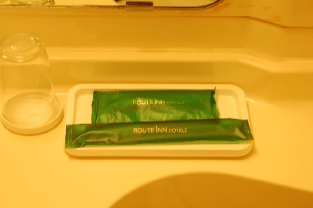 호텔 루트 인 기타미 오도리 니시(Hotel Route-Inn Kitami Odori Nishi) Hotel Image 15 - Bathroom Amenities
