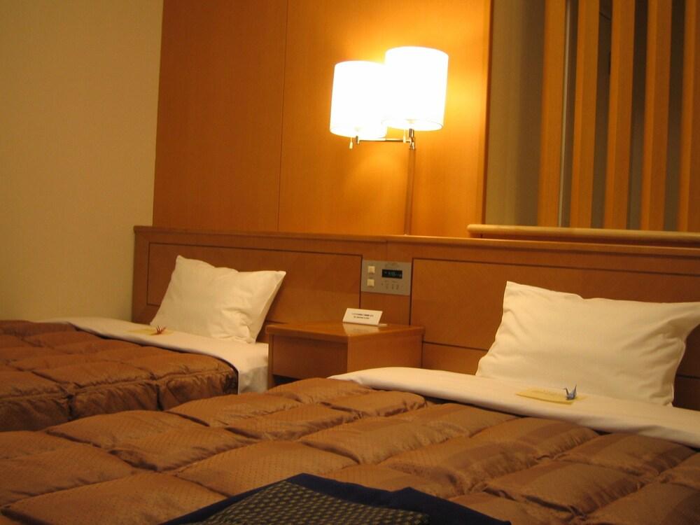 호텔 루트 인 기타미 오도리 니시(Hotel Route-Inn Kitami Odori Nishi) Hotel Image 7 - Guestroom