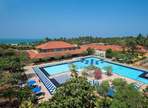 . Club Palm Bay