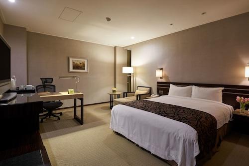 . Sol Hotel