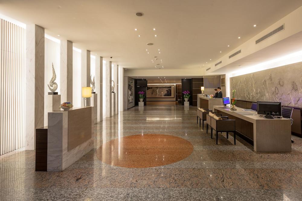 솔 호텔(Sol Hotel) Hotel Image 2 - Lobby