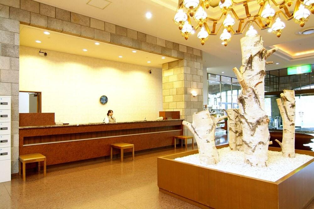 도카치-마쿠베츠 그랜드브리오 호텔 - 루트-인 호텔 -(Tokachi-Makubetsu Grandvrio Hotel - ROUTE-INN HOTELS -) Hotel Image 27 - Interior Entrance