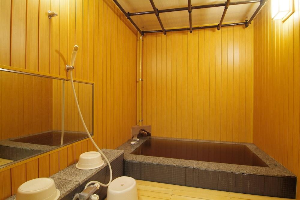 도카치-마쿠베츠 그랜드브리오 호텔 - 루트-인 호텔 -(Tokachi-Makubetsu Grandvrio Hotel - ROUTE-INN HOTELS -) Hotel Image 21 - Indoor Spa Tub