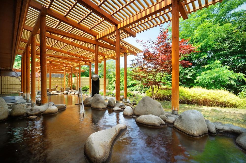 도카치-마쿠베츠 그랜드브리오 호텔 - 루트-인 호텔 -(Tokachi-Makubetsu Grandvrio Hotel - ROUTE-INN HOTELS -) Hotel Image 11 - Outdoor Spa Tub