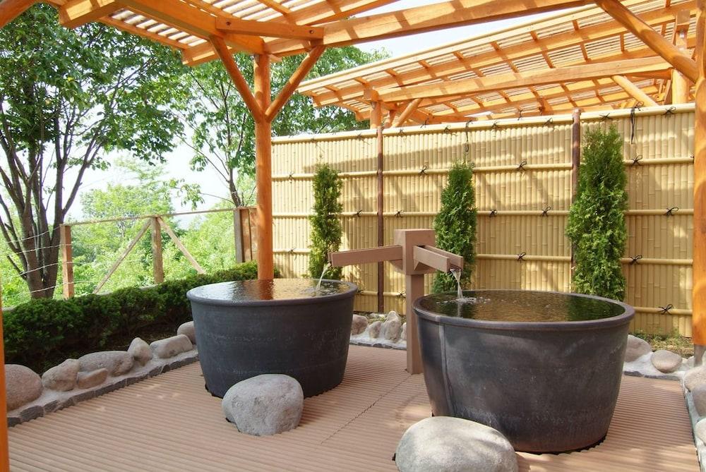 도카치-마쿠베츠 그랜드브리오 호텔 - 루트-인 호텔 -(Tokachi-Makubetsu Grandvrio Hotel - ROUTE-INN HOTELS -) Hotel Image 14 - Outdoor Spa Tub