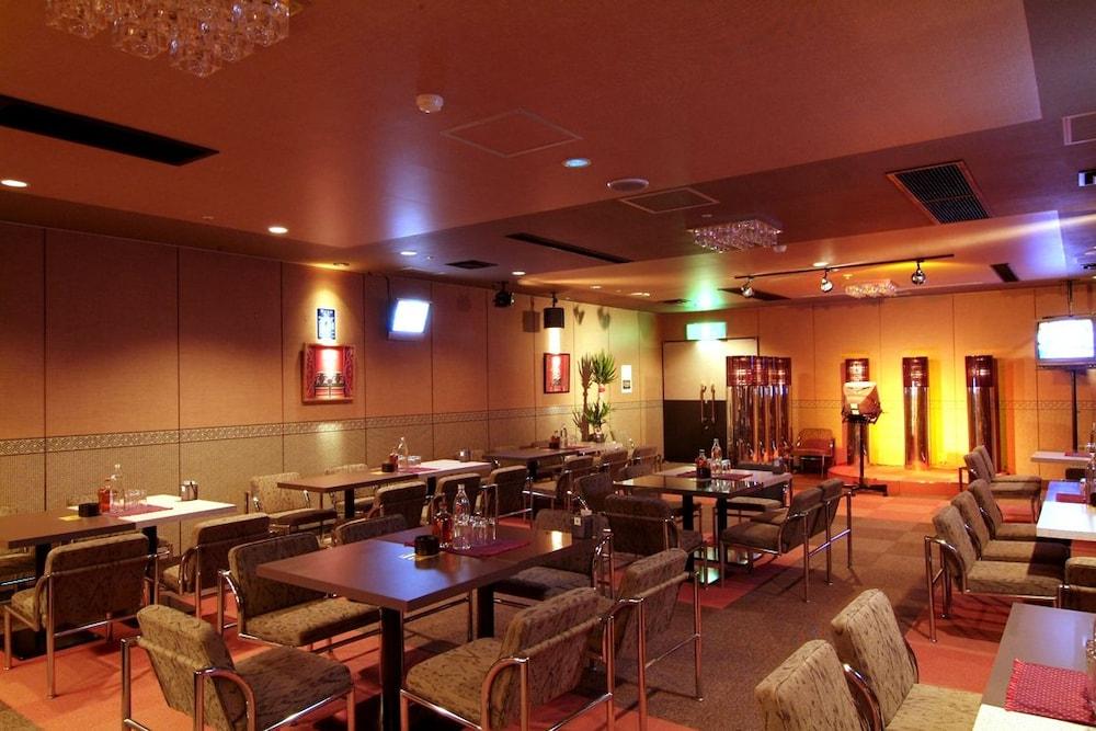 도카치-마쿠베츠 그랜드브리오 호텔 - 루트-인 호텔 -(Tokachi-Makubetsu Grandvrio Hotel - ROUTE-INN HOTELS -) Hotel Image 45 - Hotel Bar