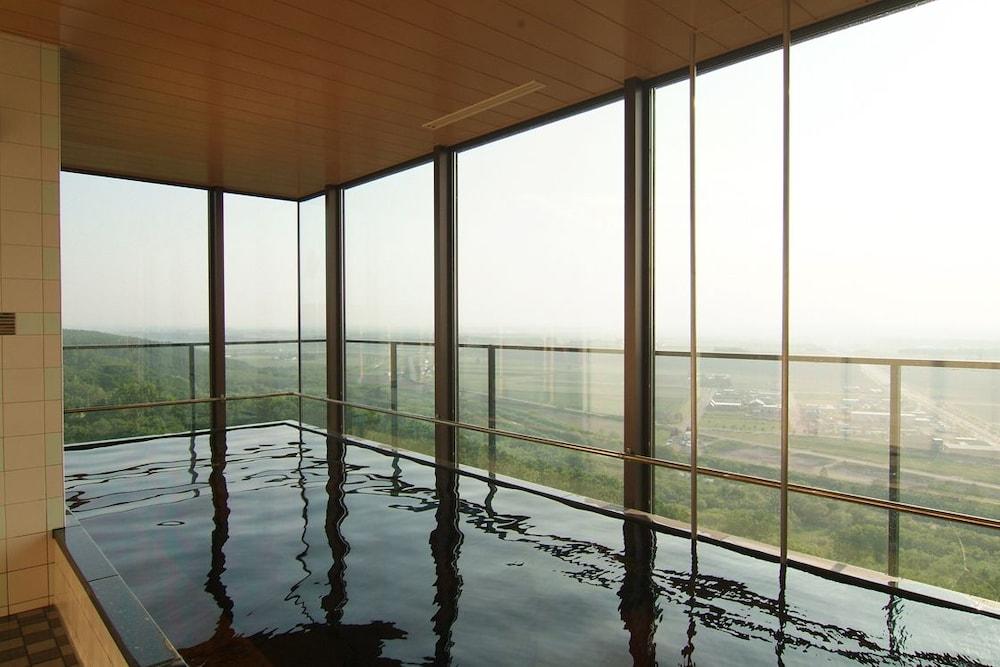 도카치-마쿠베츠 그랜드브리오 호텔 - 루트-인 호텔 -(Tokachi-Makubetsu Grandvrio Hotel - ROUTE-INN HOTELS -) Hotel Image 15 - Indoor Spa Tub
