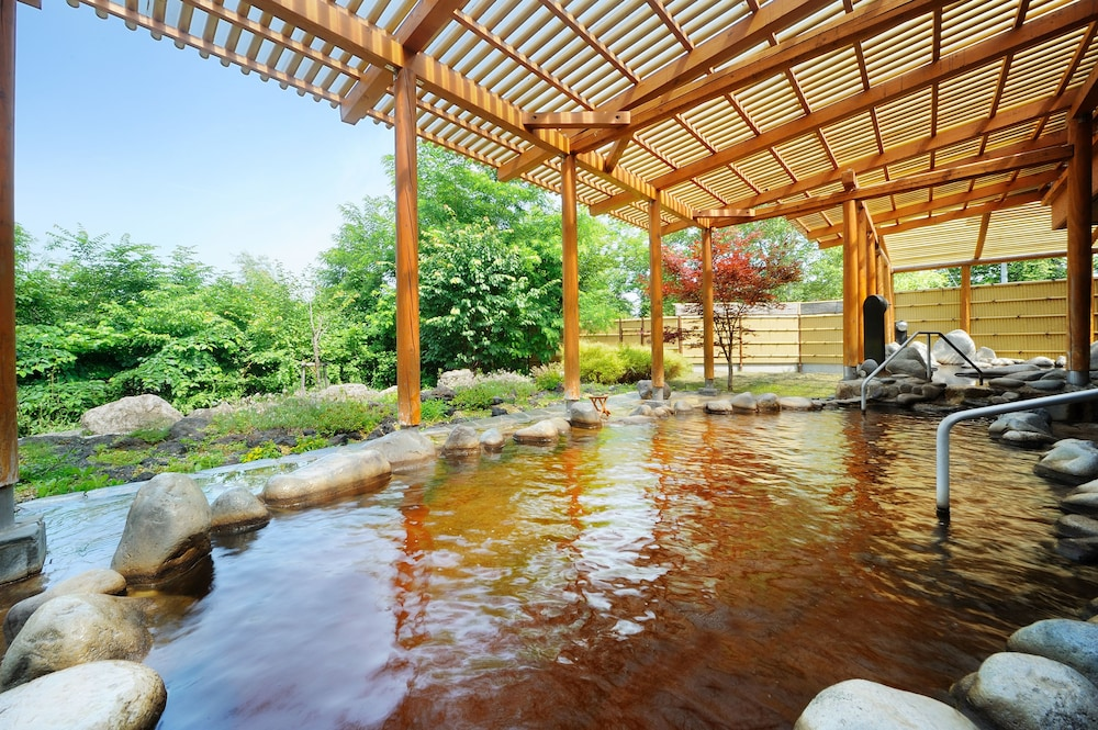 도카치-마쿠베츠 그랜드브리오 호텔 - 루트-인 호텔 -(Tokachi-Makubetsu Grandvrio Hotel - ROUTE-INN HOTELS -) Hotel Image 12 - Outdoor Spa Tub