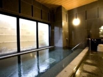호텔 루트 인 노시로(Hotel Route-Inn Noshiro) Hotel Image 12 - Indoor Spa Tub