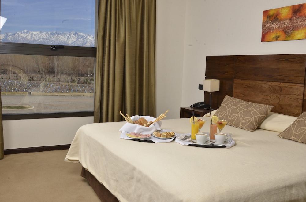 푸엔테 마요르 호텔 앤드 리조트(Fuente Mayor Hotel And Resort) Hotel Image 6 - Guestroom