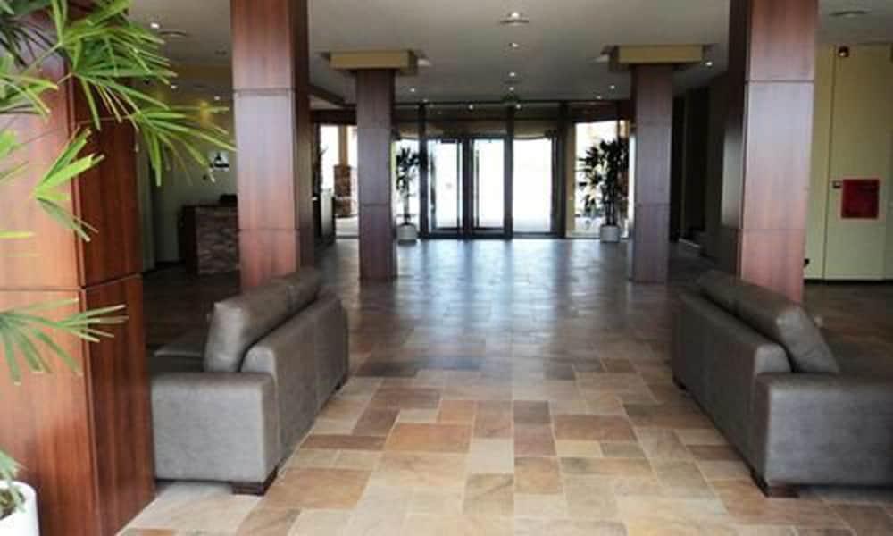 푸엔테 마요르 호텔 앤드 리조트(Fuente Mayor Hotel And Resort) Hotel Image 27 - Business Center