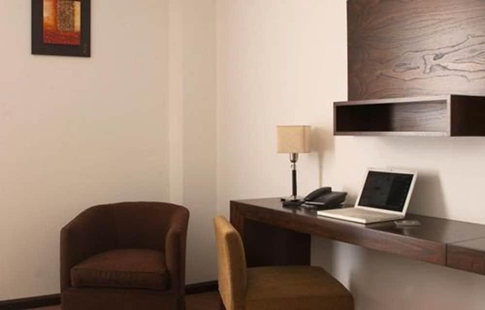 푸엔테 마요르 호텔 앤드 리조트(Fuente Mayor Hotel And Resort) Hotel Image 3 - Guestroom