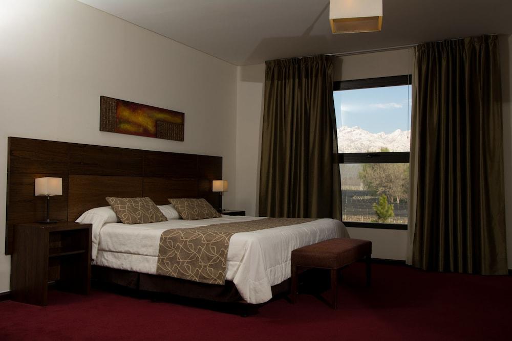 푸엔테 마요르 호텔 앤드 리조트(Fuente Mayor Hotel And Resort) Hotel Image 8 - Guestroom View
