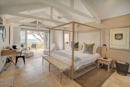 Abalone Guest Lodge, Overberg
