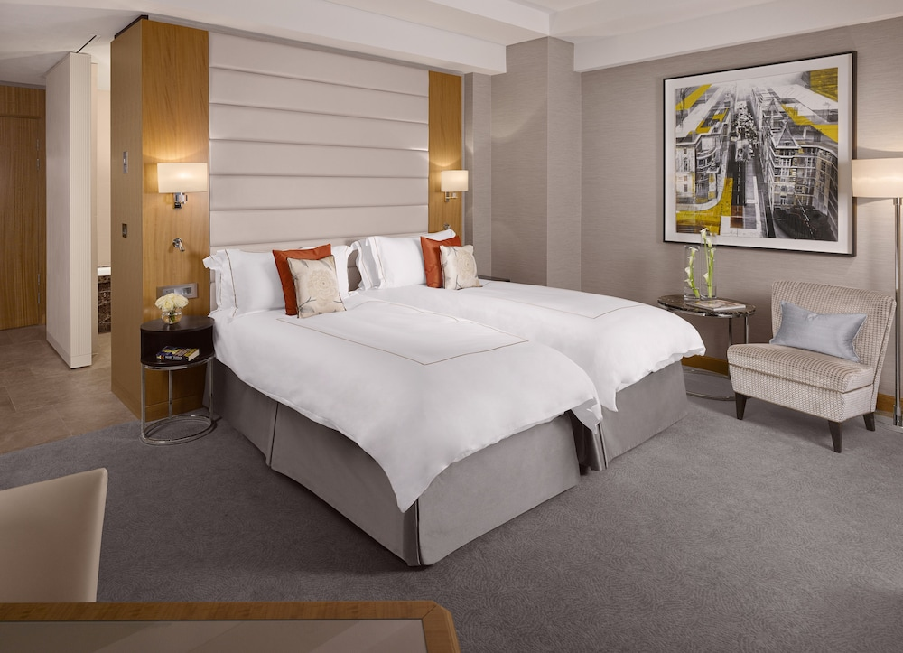 콘라드 런던 스트리트 제임스(Conrad London St. James) Hotel Image 9 - Guestroom