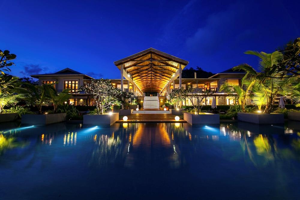 https://i.travelapi.com/hotels/5000000/4670000/4663300/4663247/67c54a52_z.jpg