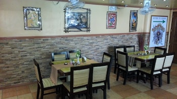 Kokomos Hotel & Restaurant Pampanga Restaurant