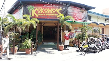 Kokomos Hotel & Restaurant Pampanga Featured Image