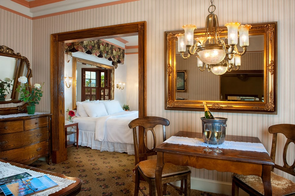 도리만스 오션프런트 인(Dorymans Oceanfront Inn) Hotel Image 4 - Guestroom