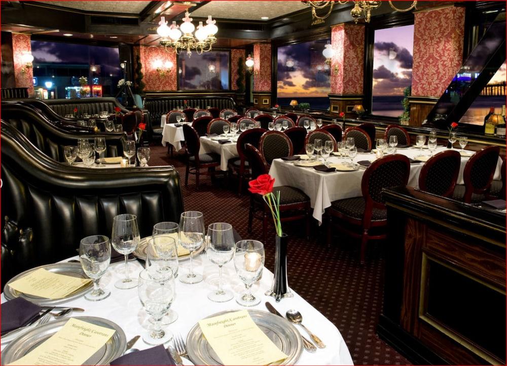 도리만스 오션프런트 인(Dorymans Oceanfront Inn) Hotel Image 21 - Dining