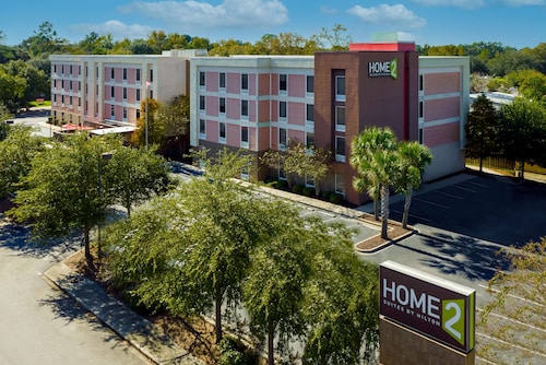 . Home2 Suites by Hilton Charleston Airport/Convention Center