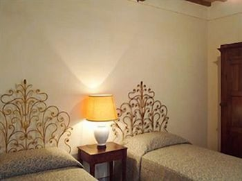 로칸다 안티코 보르고(Locanda Antico Borgo) Hotel Image 10 - Balcony