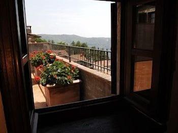로칸다 안티코 보르고(Locanda Antico Borgo) Hotel Image 12 - Balcony