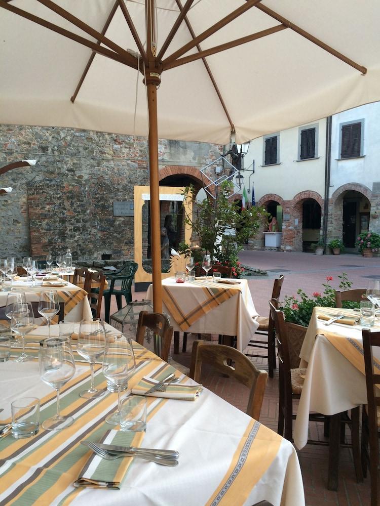 로칸다 안티코 보르고(Locanda Antico Borgo) Hotel Image 39 - Breakfast Area