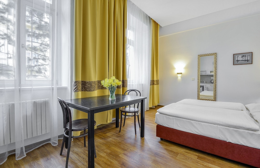 아파트먼트 마리엔바트(Apartments Marienbad) Hotel Image 2 - Guestroom