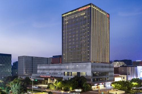 . Sheraton Changzhou Xinbei Hotel