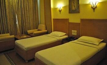 Luxury Tek Büyük Veya İki Ayrı Yataklı Oda, 1 Çift Kişilik Yatak, Özel Banyo