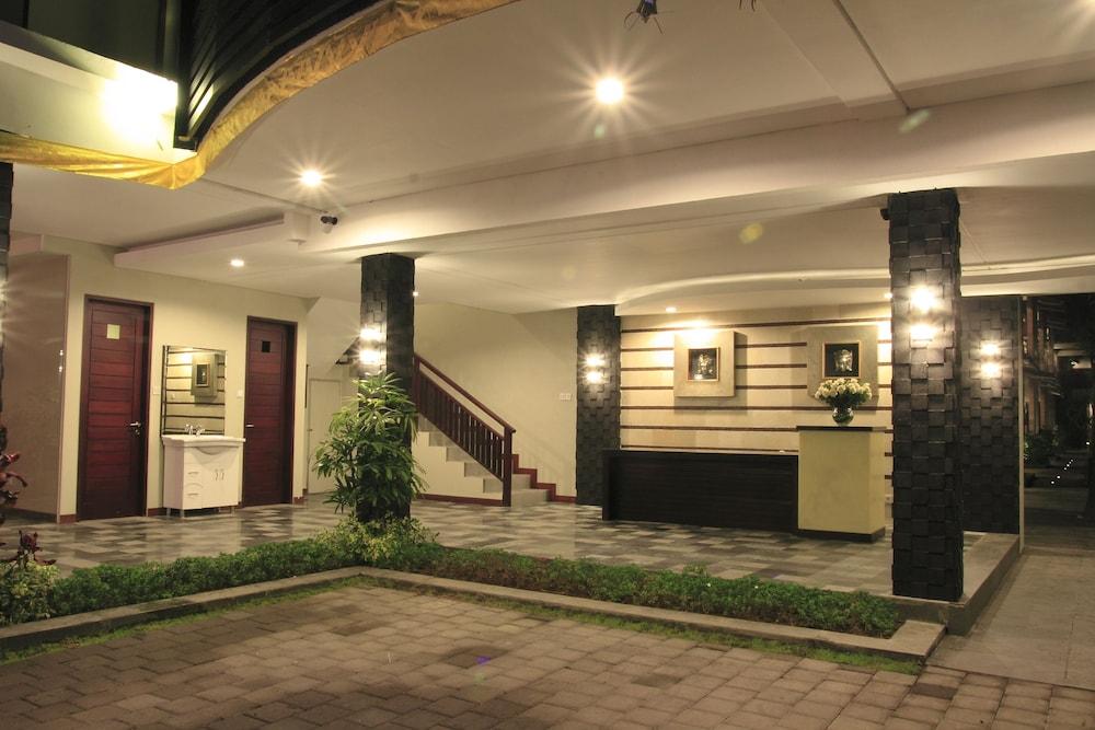 디' 드자부 호텔 스미냑(D' Djabu Hotel Seminyak) Hotel Image 3 - Check-in/Check-out Kiosk