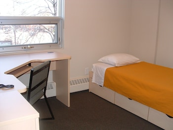 Shared Dormitory, 1 Twin Bed