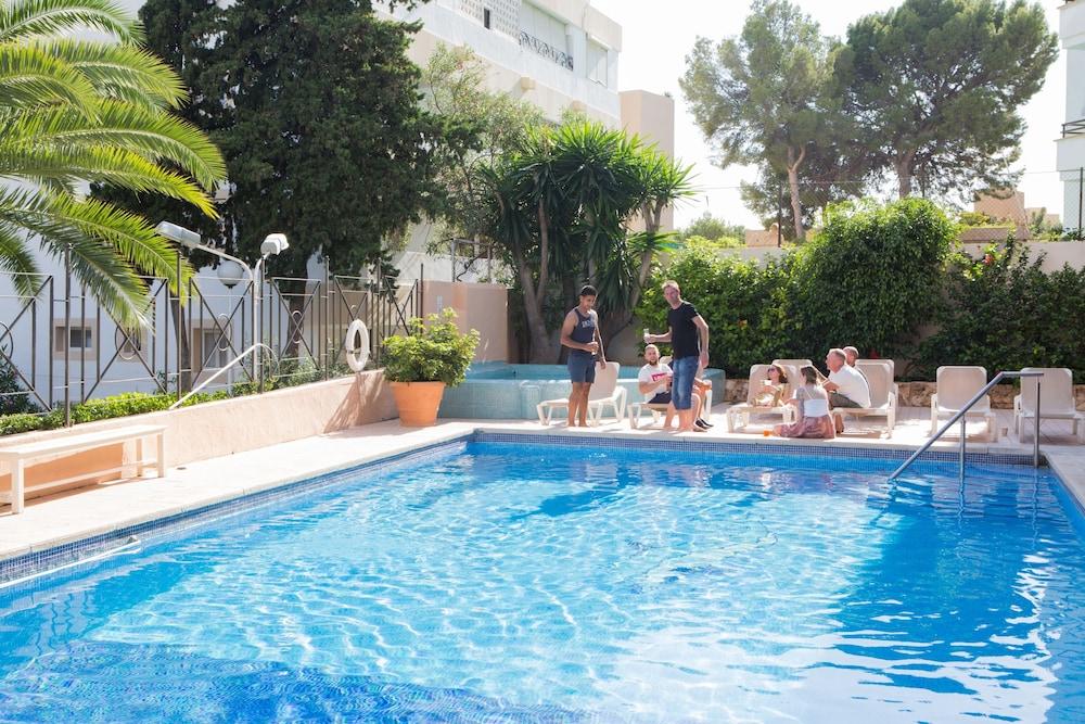 호텔 트로피코 플라야(Hotel Tropico Playa) Hotel Image 2 - Pool