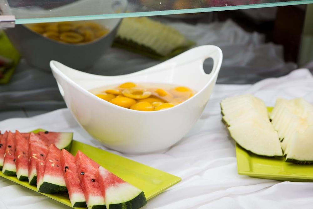 호텔 트로피코 플라야(Hotel Tropico Playa) Hotel Image 22 - Food Court