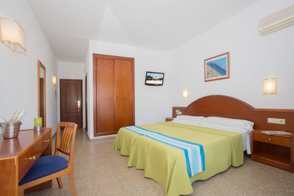호텔 트로피코 플라야(Hotel Tropico Playa) Hotel Image 7 - Guestroom