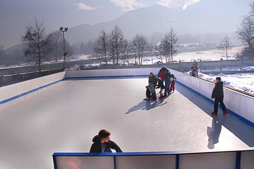 레그눔 반스코 호텔 & 스파(Regnum Bansko Hotel & Spa) Hotel Image 61 - Ice Skating
