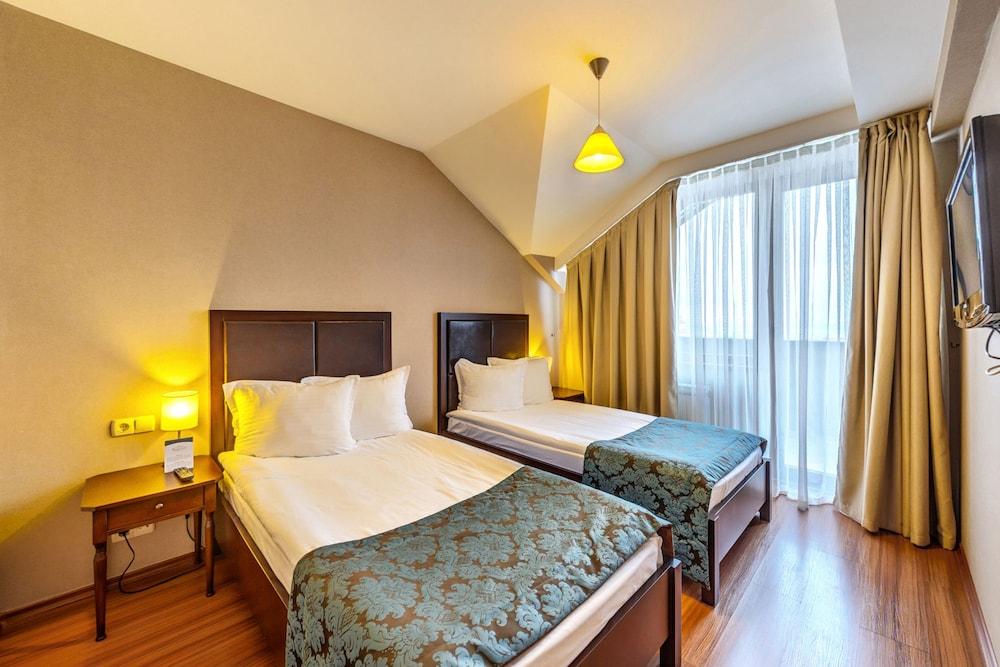 레그눔 반스코 호텔 & 스파(Regnum Bansko Hotel & Spa) Hotel Image 21 - Guestroom